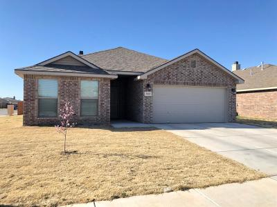 Lubbock TX Single Family Home Under Contract: $187,000