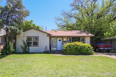 Lubbock County Single Family Home For Sale: 2205 49th Street