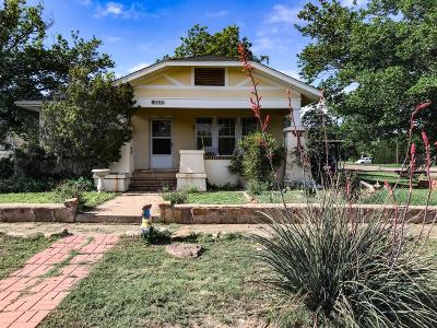 Single Family Home For Sale: 302 W 10th