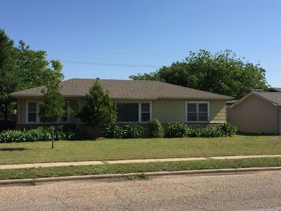 Lubbock Single Family Home For Sale: 3820 32nd Street
