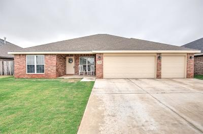 Lubbock Single Family Home For Sale: 5211 Marshall Street