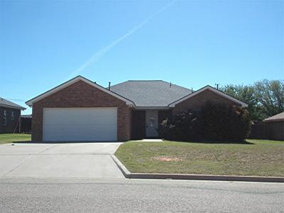 Abernathy Single Family Home For Sale: 1106 Deer Court