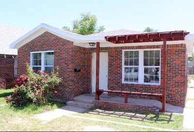 Lubbock Single Family Home For Sale: 1913 27th Street