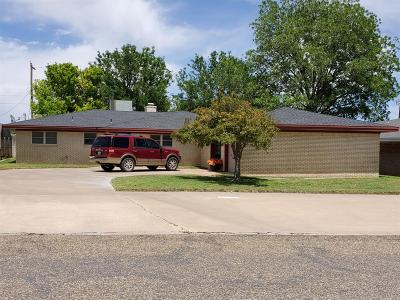 Bailey County, Lamb County Single Family Home Under Contract: 312 W Ave J