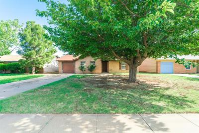 Lubbock County Single Family Home For Sale: 2130 74th Street