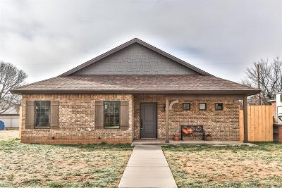 Slaton Single Family Home For Sale: 1305 Quaker Street