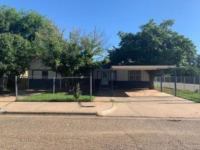 Lubbock County Single Family Home For Sale: 2102 47th Street