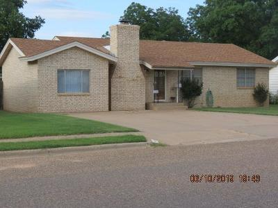 Brownfield, Meadow Single Family Home For Sale: 1411 E Lons Street