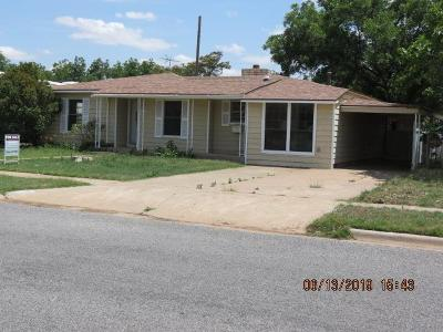 Brownfield, Meadow Single Family Home For Sale: 1104 E Cardwell Street