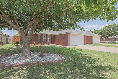 Lubbock Single Family Home For Sale: 2204 95th Street