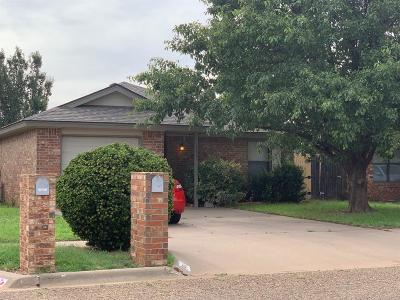 Lubbock TX Single Family Home Under Contract: $92,000