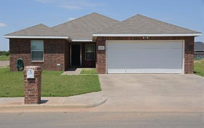 Single Family Home For Sale: 2401 N Cypress Road