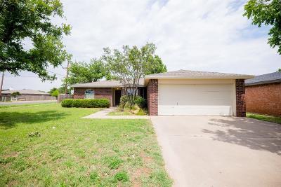 Single Family Home For Sale: 1101 Iola Avenue
