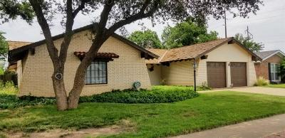 Lubbock Single Family Home For Sale: 7406 Toledo Avenue