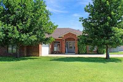 Bailey County, Lamb County Single Family Home For Sale: 1708 Ave G