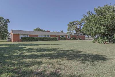 Lubbock Single Family Home For Sale: 7204 E Hwy 62
