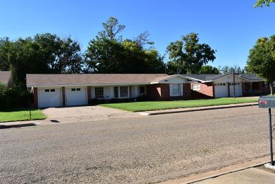 Bailey County, Lamb County Single Family Home For Sale: 307 E 22nd