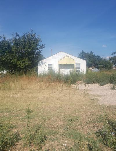 Lubbock Single Family Home Under Contract: 305 Guava Avenue