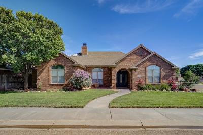 Wolfforth Single Family Home Under Contract: 402 Raider Boulevard