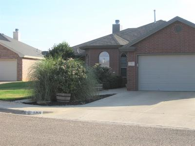 Wolfforth Single Family Home For Sale: 1301 Yorkshire Avenue