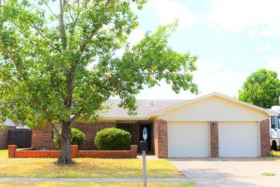 Lubbock Single Family Home For Sale: 8416 Flint Avenue