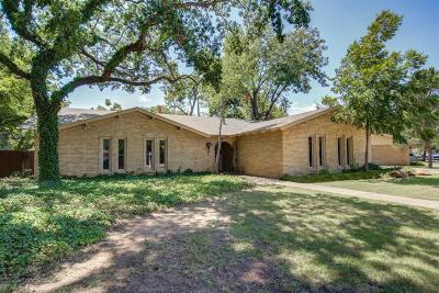 Lubbock Single Family Home For Sale: 6106 Lynnhaven Drive