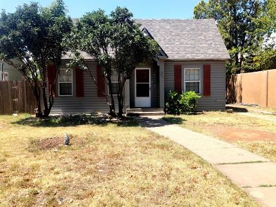 Lubbock Single Family Home For Sale: 1806 Ave X