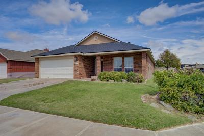 Lubbock TX Single Family Home Under Contract: $194,500