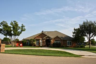 Lubbock Single Family Home Contingent: 6402 County Road 7460