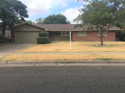 Lubbock TX Single Family Home For Sale: $176,000