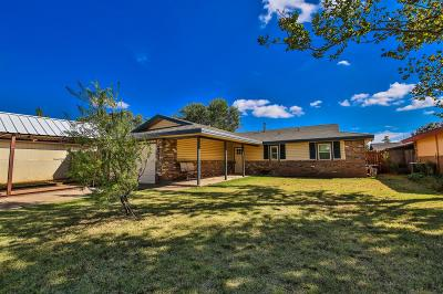 Lubbock Single Family Home For Sale: 2315 77th Place