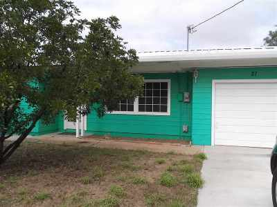 Zapata TX Single Family Home For Sale: $60,000