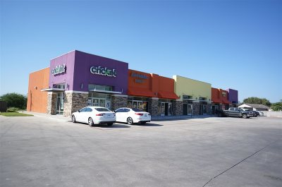 Laredo TX Commercial Lease For Lease: $1,700