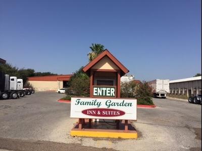 Laredo Commercial For Sale: 5830 San Bernardo Ave