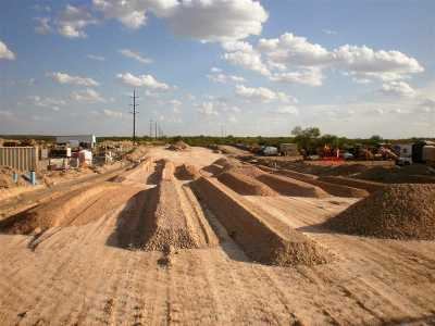 Laredo Commercial Lots & Land For Sale: 5901 U.s. Hwy 359
