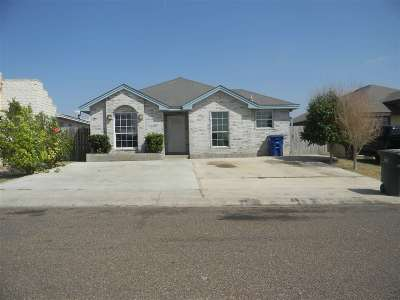 Laredo Single Family Home For Sale: 2304 Los Pinos Dr