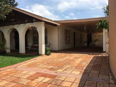 Laredo Single Family Home For Sale: 4549 La Brea Ln