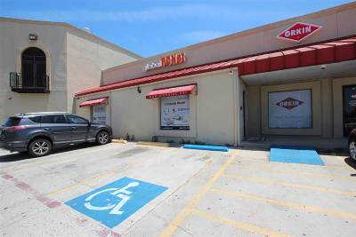 Laredo TX Commercial Lease For Lease: $1,850