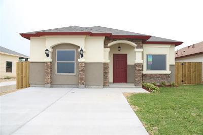 Laredo Single Family Home For Sale: 3611 Jose C Santos Dr