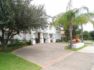 Laredo Single Family Home Option-Show: 2627 Burke Dr