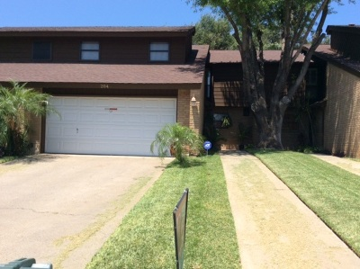 Laredo TX Rental For Rent: $1,350