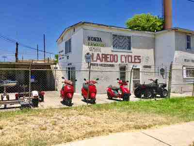 Laredo TX Commercial For Sale: $249,900