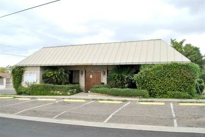 Laredo TX Commercial For Sale: $200,000