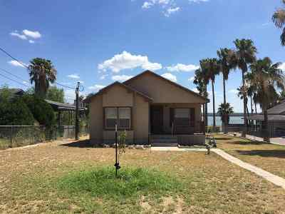 Zapata Single Family Home For Sale: 5321 Siesta Ln