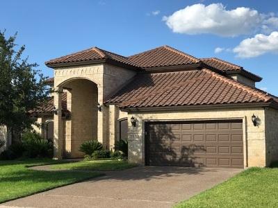 Laredo Single Family Home For Sale: 7517 R.w. Emerson Lp