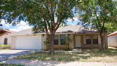 Laredo Single Family Home Option-Show: 8743 Puerto Belo