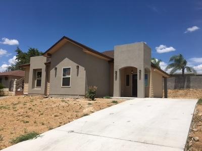 Laredo Single Family Home For Sale: 114 Los Fresnos Lp