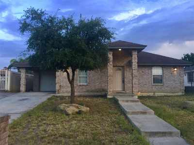 Laredo Single Family Home Back On Market: 3913 Calle Acapulco