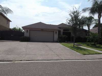 Single Family Home For Sale: 9807 Spindrift Dr