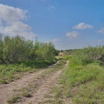 Laredo Residential Lots & Land Active-Exclusive Agency: 1000 U.s. Hwy 59